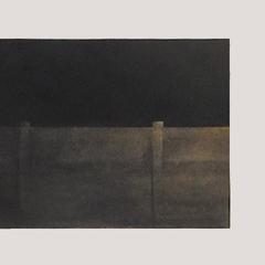 LANDSCHAP XII     HOUTSKOOL EN SIBERISCH KRIJT OP PAPIER, 21×62 CM